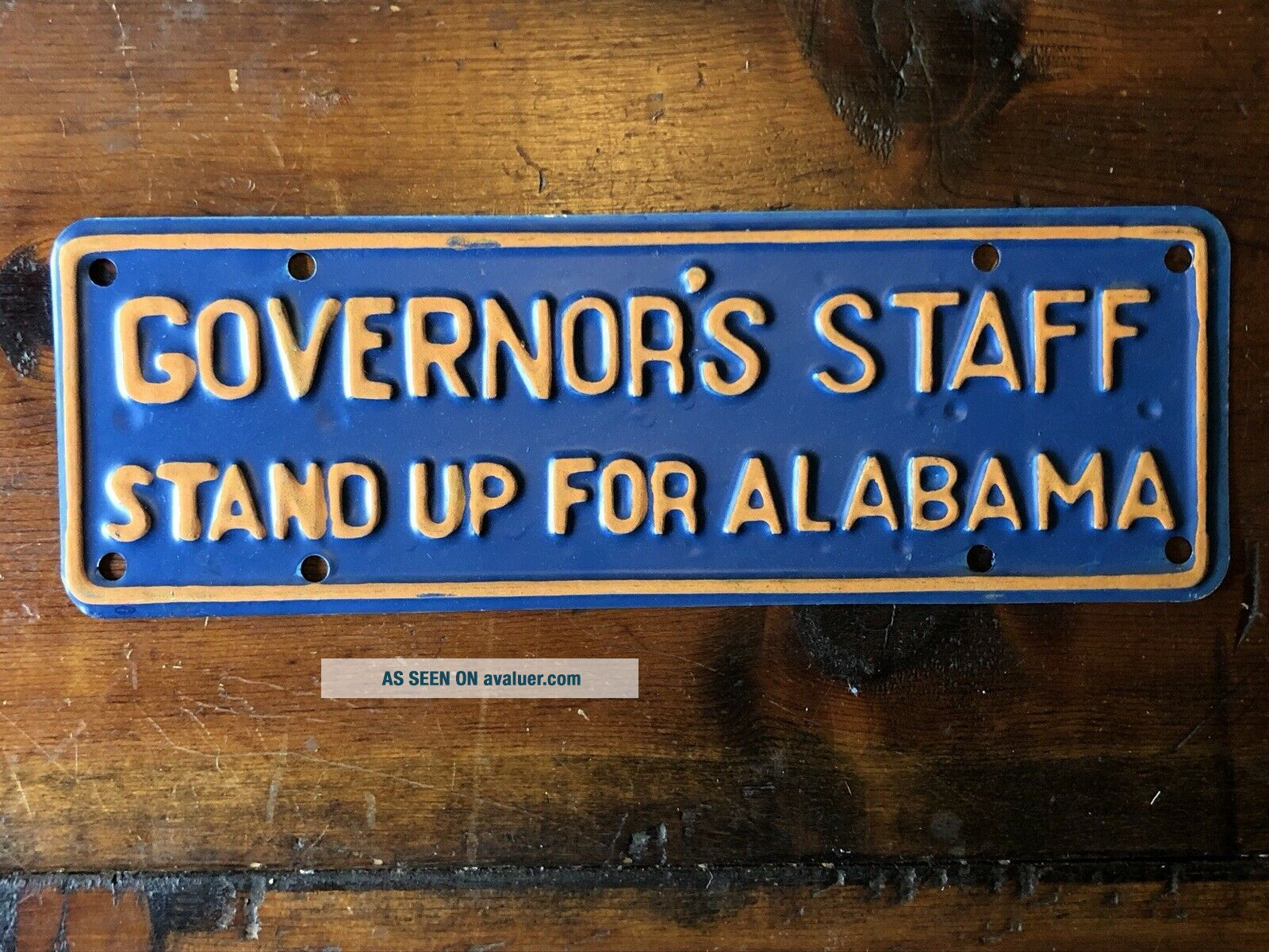 Vintage Alabama Governor's Staff Stand Up Plate (Blue/Yellow)